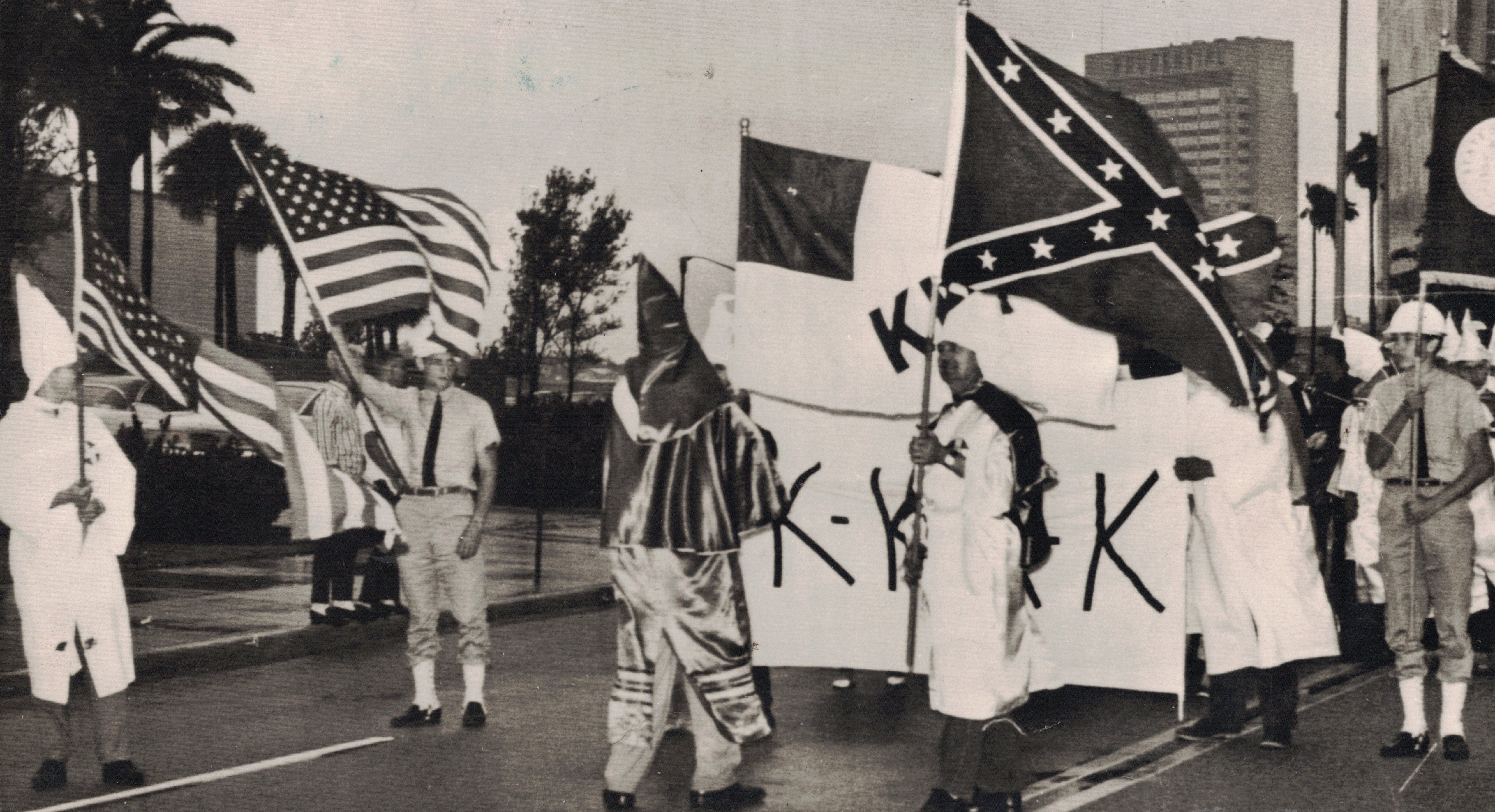 the history of ku klux klan Until relatively recently, it looked as though the ku klux klan was receding into  the annals of american history but given that everything is topsy.